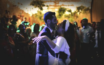 Make a wedding dance easy and simple